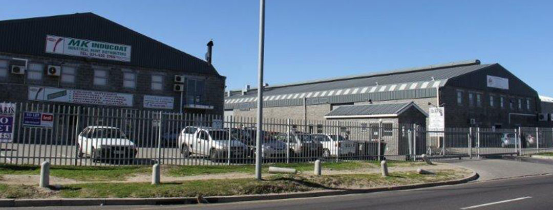 TO LET - INDUSTRAIL WAREHOUSE - EPPING INDUSTRIA - NO E03