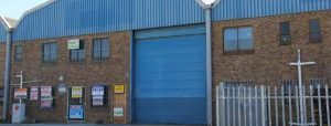 TO LET - INDUSTRIAL WAREHOUSE - MONTAGUE GARDENS - NO MG03