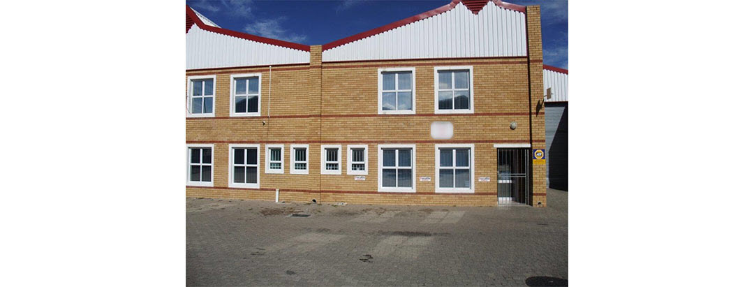 TO LET INDUSTRIAL WAREHOUSE - STIKLAND
