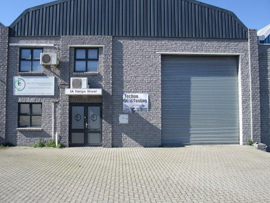 TO LET - INDUSTRIAL WAREHOUSE - STIKLAND - NO ST02