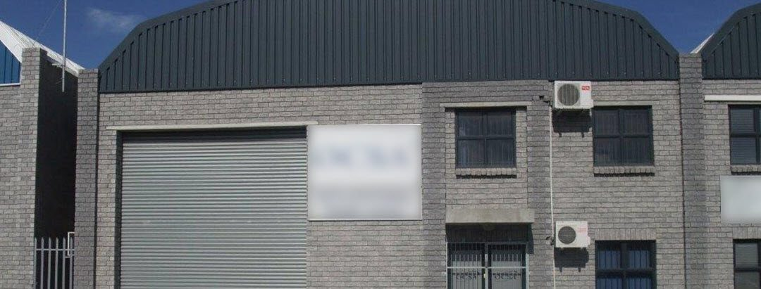 TO LET – INDUSTRIAL WAREHOUSE – STIKLAND – NO ST07