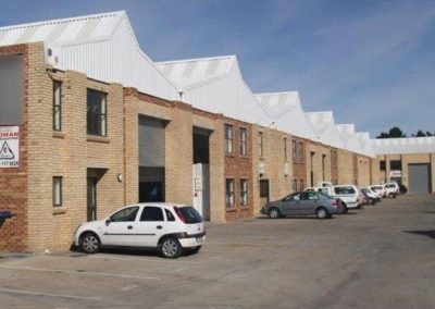 TO LET – INDUSTRIAL WAREHOUSE – STIKLAND – NO ST09
